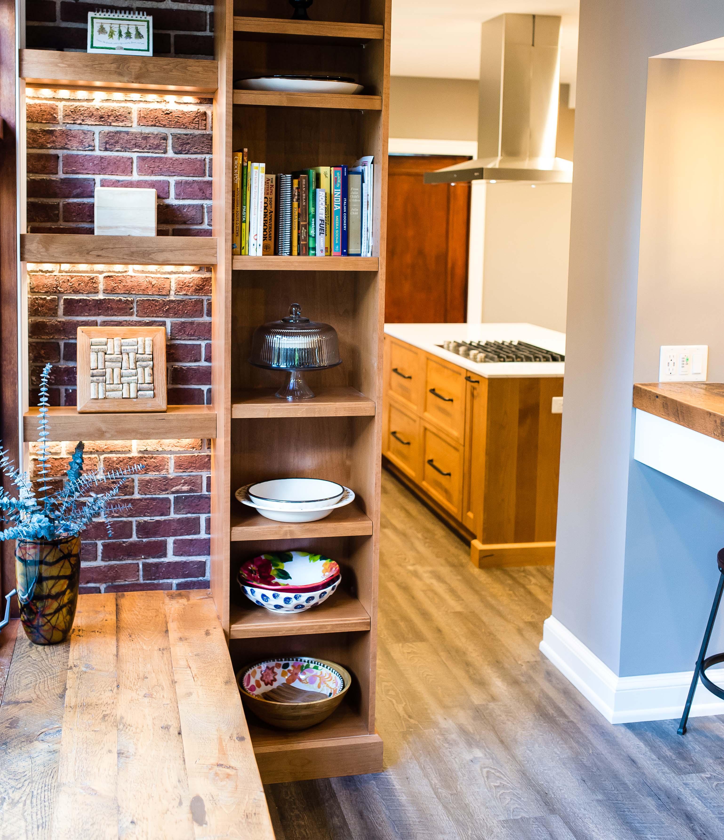 Kitchen 6 & Bar Area – Maureen\'s LLC
